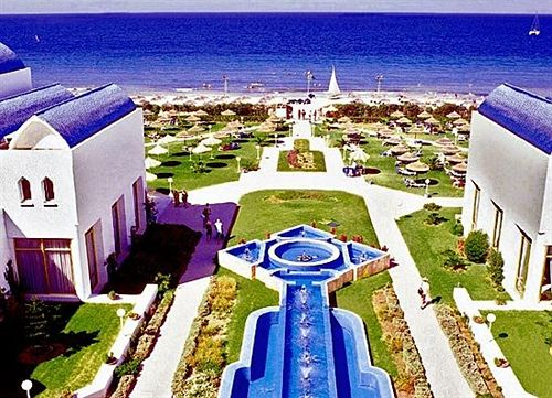 http://media.concordevoyages.com/photos/hotellocal/234088/Amir_Palace_15.jpg