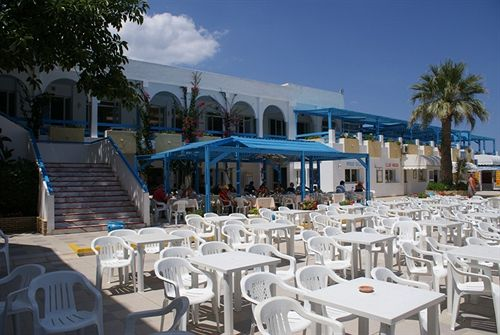 http://media.concordevoyages.com/photos/hotellocal/253745/El_Mouradi_Club_Selima_1.jpg